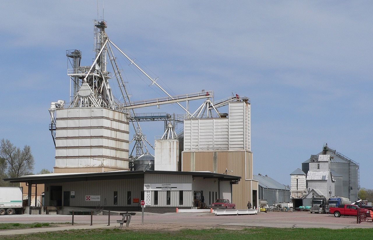 Flaked Corn and other Feed Mill in Nebraska by Ammodramus