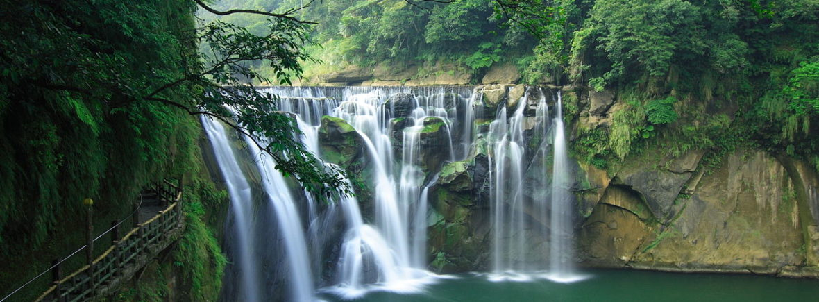 Environmental protection is important - ShiFengWaterFall by Weihau Chiu